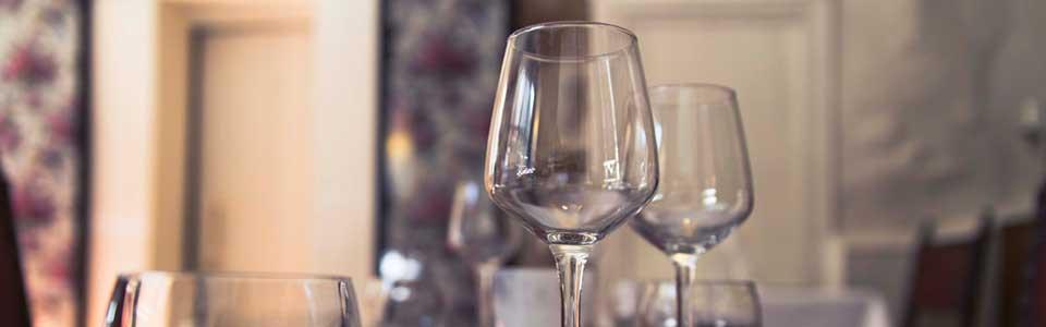 Réservation d'un table au restaurant La Souris d'Agneau